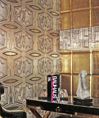 This New Jewelry-Inspired Wallpaper Is the Ultimate Bling for Your Home