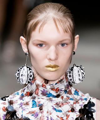 Spotted on the Spring 2016 Runways:Outrageously CoolStatement Earrings