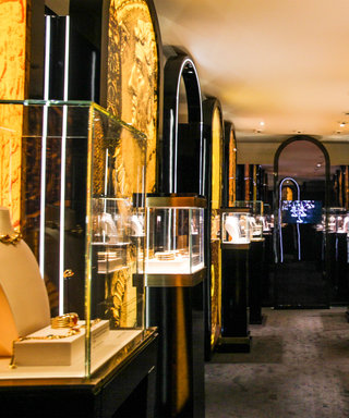 Bulgari Fêtes 40 Years of Bulgari-Bulgari Watches in a Truly Gilded Fashion