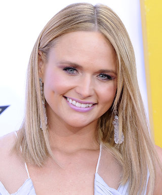 Miranda Lambert Debuts Pink Hair on the CMA Awards Red Carpet