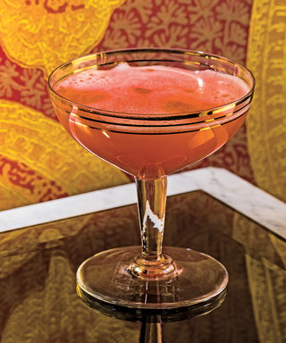 Toast theWeekend Early with This Bubbly Champagne Cocktail