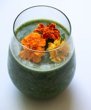 Start the New Year Right with a Healthy Green Smoothie That Actually Tastes Good