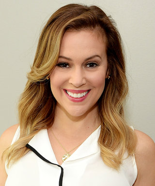 Alyssa Milano Revisits Her Charmed-Era Pixie Cut