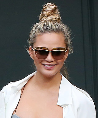 Chrissy Teigen's Take on Moving Day Maternity Wear Is Anything But Expected