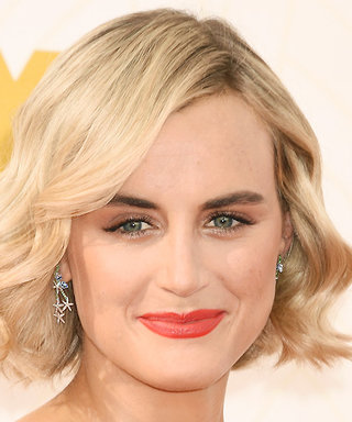 How to Get Taylor Schilling's Glamorous Structured Waves