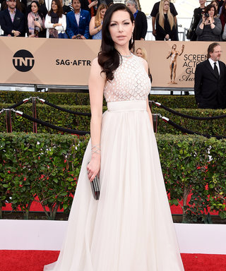 How Laura Prepon's 2016 SAG Awards Red Carpet Gown Survived a Blizzard