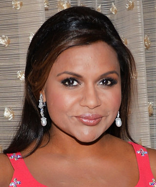 Mindy Kaling Jokingly Accepts Award for Best Muffin Top at the Costume Designers Guild Awards