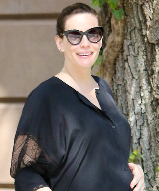 Liv Tyler Is Oh So Chic in Latest Maternity Ensemble