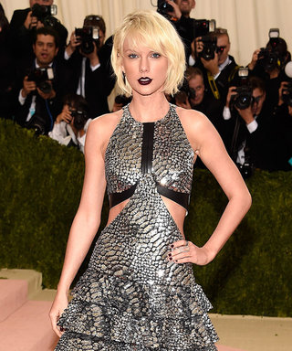 Watch Taylor Swift and Tom Hiddleston Shake It Off at the Met Gala