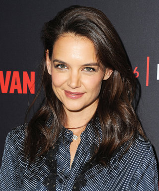 You Won't Believe How Much Katie Holmes Looks Like Jackie Kennedy on the Set of Her New Series
