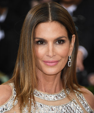 Cindy Crawford Posts Another Double-Tap Worthy Throwback From Her Modeling Days