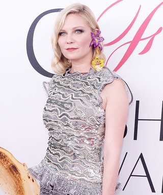 Kirsten Dunst Is in Full Bloom with Her Fresh Orchid Earring at the 2016 CFDA Fashion Awards