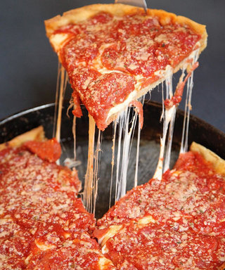 The 5 Best Deep Dish Pizza Spots That Chicago Has to Offer