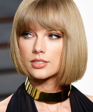 "Taylor Swift Helps a Louisiana Food Bank ""Shake It Off"" After Devastating Floods"