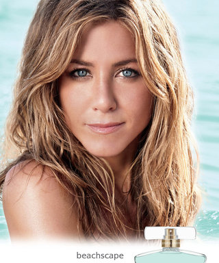 Jennifer Aniston's New Scent is the Beach Vacation You've Always Wanted