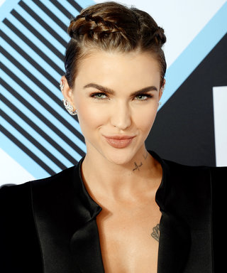 Watch Ruby Rose Treat Her Jellyfish Sting While Wearing a Super Sexy Bikini