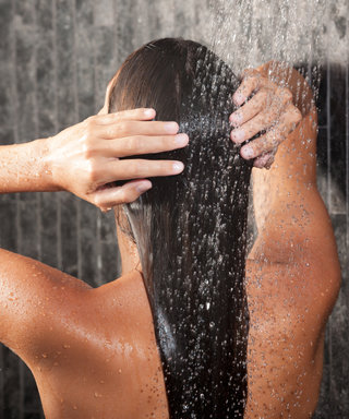 Hydrate Your Dry Hair with These Moisturizing Shampoos