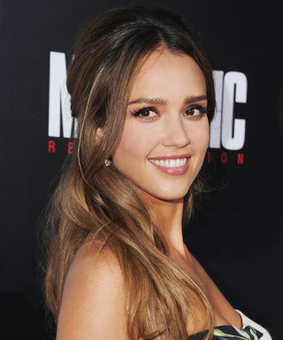 The Beauty Products Jessica Alba Always Has in Her Bag