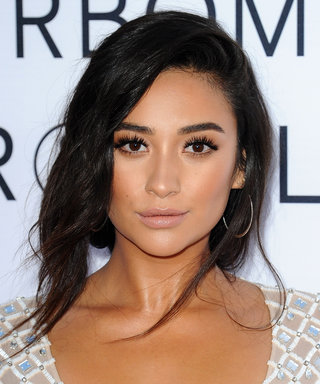 Shay Mitchell LOVES This Chicken and Waffles Recipe, and So Will You