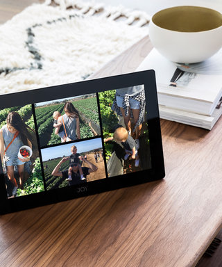 This Device Will Help You Organize All of Your Old Photos