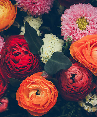 You Don't Have to Be a Florist to DIY the Perfect Fall Flower Bouquet