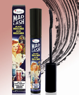 The Internet Is Obsessed With This Mascara