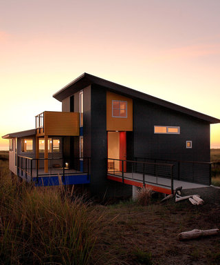 House Envy: A Coastal Getaway with Stunning Views