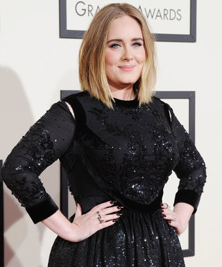Adele Is Wearing a Suspicious Gold Band on Her Wedding Ring Finger