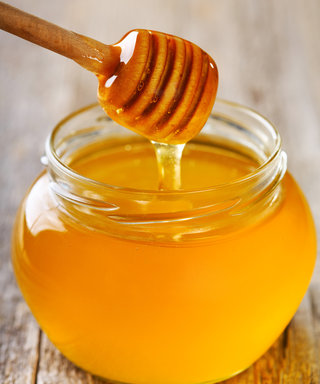 7 Super-Moisturizing Honey Beauty Products for Your Skin and Hair