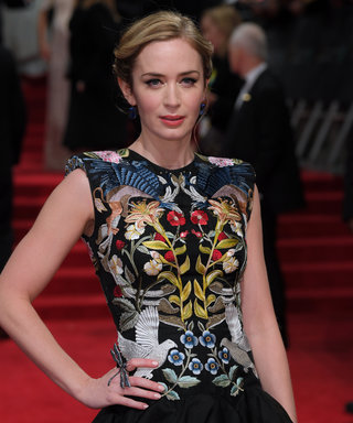 Here's Your First Glimpse Of Emily Blunt As Mary Poppins