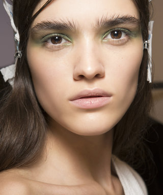 The 10-Second Smokey Eye ANYONE Can Do