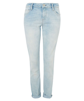 5 Casual Friday Jeans for Under $100