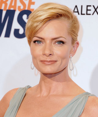 Jaime Pressly Reveals She's Pregnant with Twin Boys!