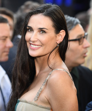 Demi Moore Is Missing Her Two Front Teeth (REALLY!)