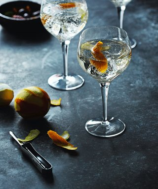 Move Over Aperol It's All About White Port & Tonic RN