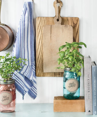 7 Made-in-the-USA WeddingGifts to Add to Your Registry