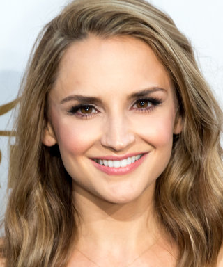 Welcome Back Wednesday: Rachael Leigh Cook Returns!