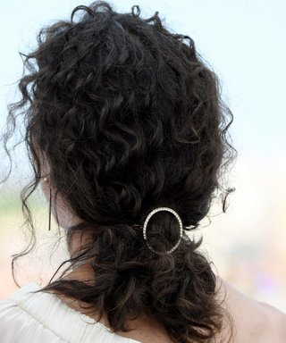 Metal Hair Accessories to Give Your Look That Extra Lift