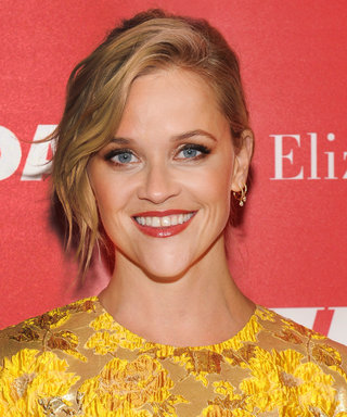 Reese Witherspoon Shows Blonde & Yellow Belong Together