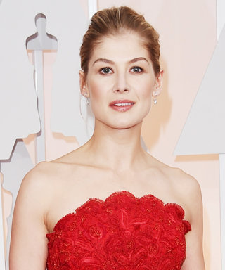 Rosamund Pike Doesn't Think She Has Any Style and We're Confused