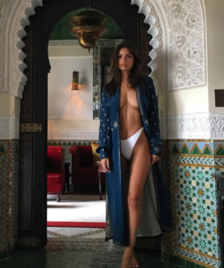 Emily Ratajkowski Goes Totally Naked On Instagram