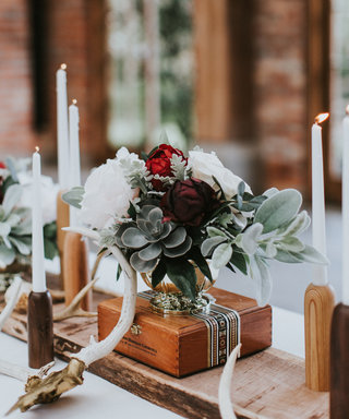 8 Chic Fall Floral Trends to Inspire Your Wedding Centerpieces