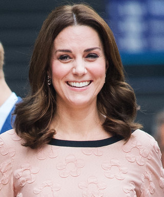 Watch Pregnant Kate Middleton Dance with Paddington Bear in the Middle of a Train Station