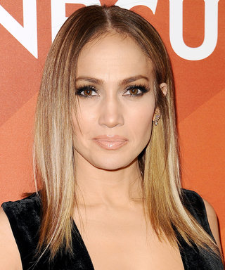 Jennifer Lopez Wows in a Very Sexy Backless Versace Dress in Dubai