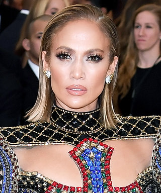Jennifer Lopez Shows Us Exactly What a Heavenly Body Looks Like in Her Latest Red-Carpet Gown