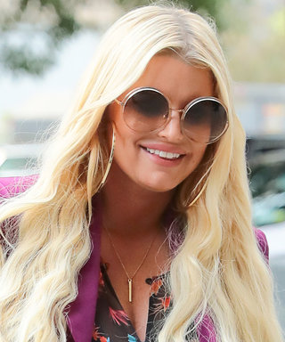 Jessica Simpson Steps Out in Your Favorite Summer Trends