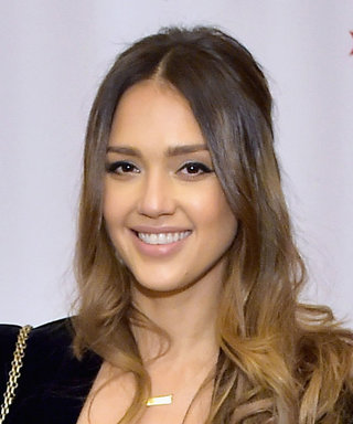 Jessica Alba Found the Perfect Casual Holiday Outfit
