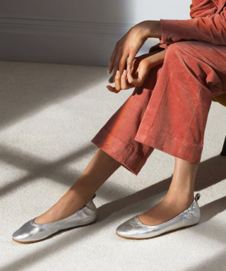 These Comfy, Uma Thurman-Approved Shoes Are Marked WAY Down at Nordstrom's Half-Yearly Sale