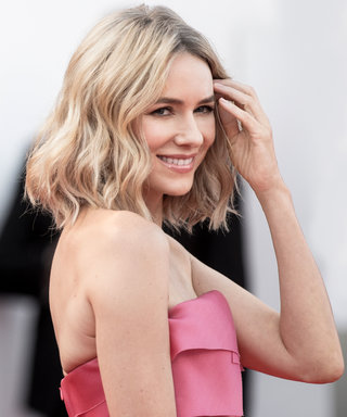 "Naomi Watts Has Figured Out How to ""Slow Down the Aging Process"" With Clean Beauty"