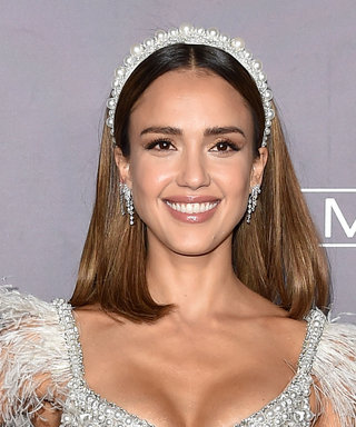 Jessica Alba Just Wore All of the Coolest Accessory Trends in One Outfit